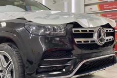 Покрытие антигравийной пленкой LLUMAR кузова автомобиля Mercedes +детали из хрома